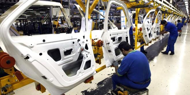 حذف تعرفه گمرکی واردات خودرو ، خواسته به حق مصرف کنندگان ایرانی